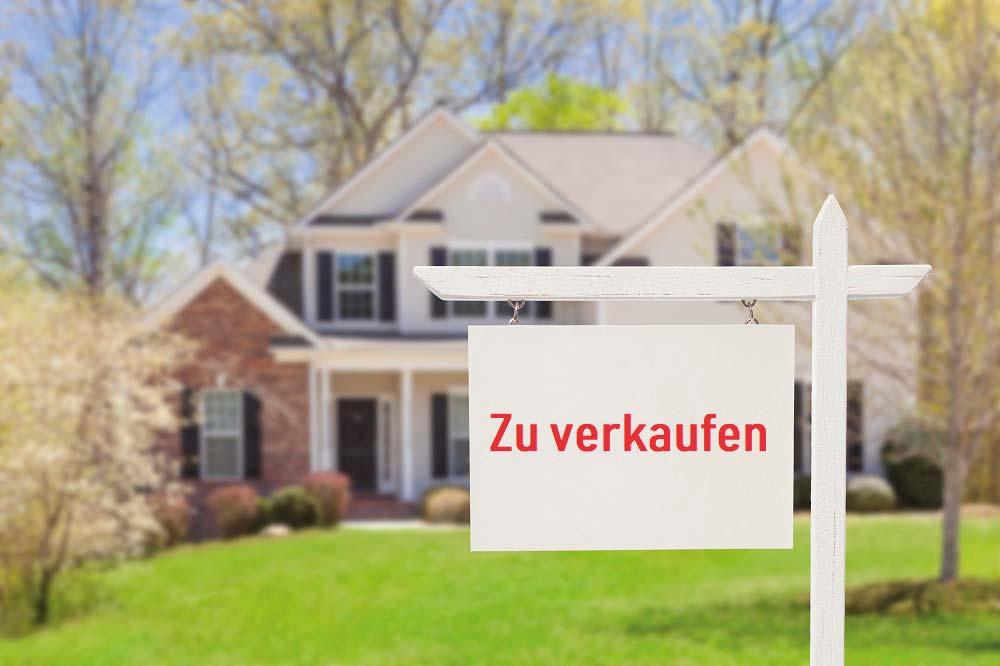 https://www.rohdeimmobilien.de/wp-content/uploads/2019/05/iStock-177722838_Haus_verkaufen_klein.jpg